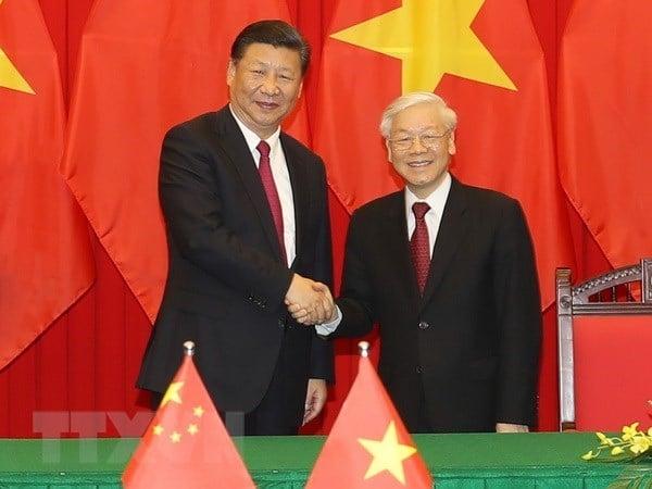 Image de la Chine et le Vietnam ensemble